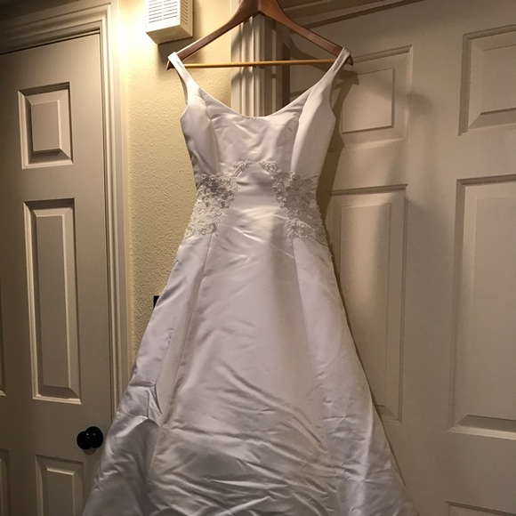 88 Off Dresses Skirts Wedding Gown Too Pretty To Not