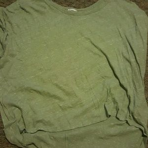 Old Navy size XXL high low tshirt like new