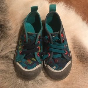 Chooze Other - Chooze boys size 9