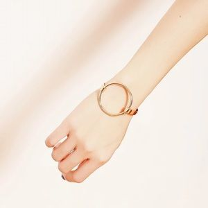 17Basics Jewelry - 💕FLASH SALE💕17Basics minimal geometry bangle