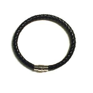 Men's 6mm braided leather stainlesssteel bracelet