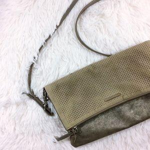 Stella & Dot Handbags - STELLA & DOT metallic waverly cross body bag