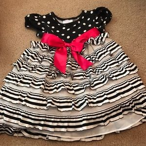 iris & ivy Other - Iris & Ivy Toddler Dress
