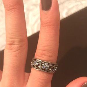 Lia Sophia Jewelry - 🌸 Blue Gem Flower Ring