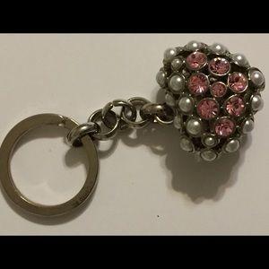 Accessories - Cute Rhinestone and faux pearl heart keychain