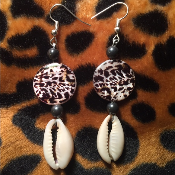 Miss Dress Code Jewelry - African Cowry Shell Animal Print Earrings