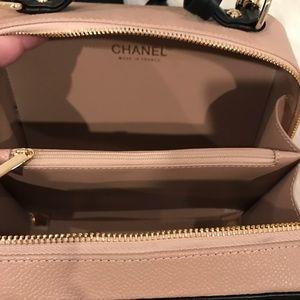 CHANEL Bags - ✖️NEW✖️Camel   Black Chanel Vanity Lunch ... 7fb8bd45d9c9e