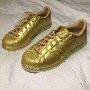 Adidas Shoes - Gold Adidas Originals Superstar 80s