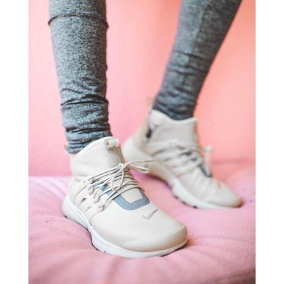 low priced b6e07 c4e3b Nike Air Presto Mid Utility Sneakers NWT