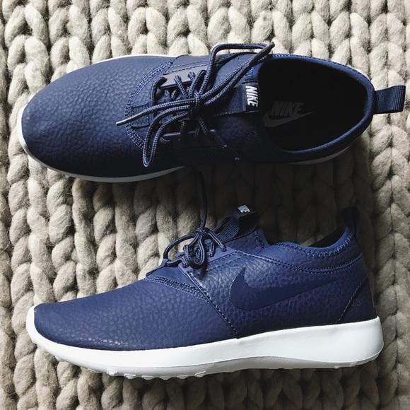 newest dc25b e357a Nike Juvenate Premium Navy Blue Sneakers