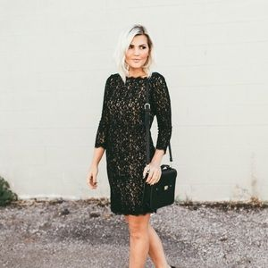 Adrianna Papell Dresses & Skirts - Adrianna Papell black lace dress