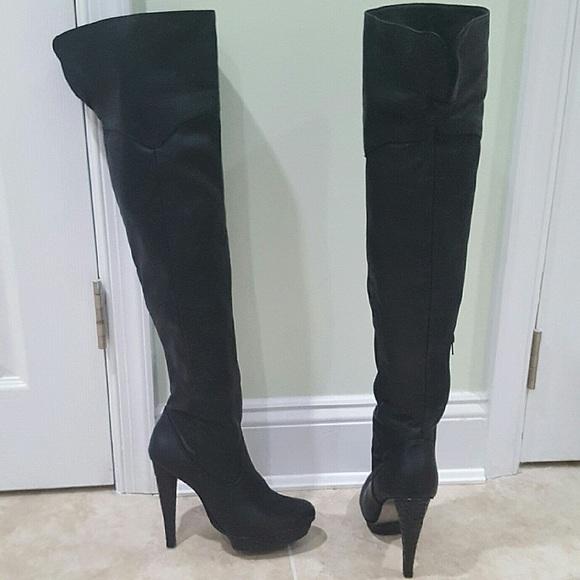 0fbb29c0eb1 Guess Shoes -