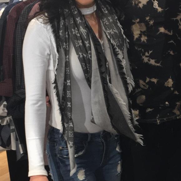 4eb0e4cf59081 Louis Vuitton Accessories - Authentic louis vuitton monogram denim scarf