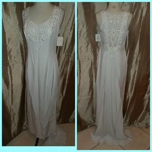 Jessica McClintock Dresses & Skirts - Beautiful new wedding dress