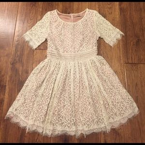 Darling Dresses & Skirts - White/ivory lace above the knee dress