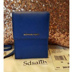 Michael Kors Handbags - 💙 Authentic Michael Kors Lanyard