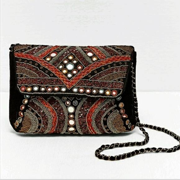 b017890be9c Zara Bags   Nwt Limited Edition Embroidered Velvet Bag   Poshmark