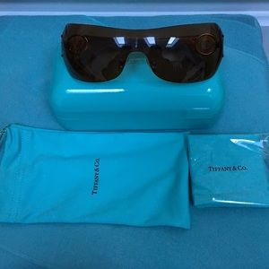 🔴Authentic Brown Tiffany & Co Sunglasses ♥️