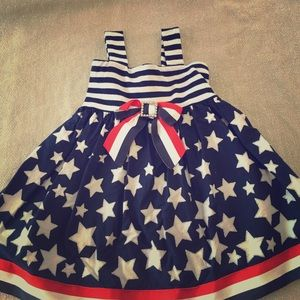 Youngland Other - 2T patriotic dress.