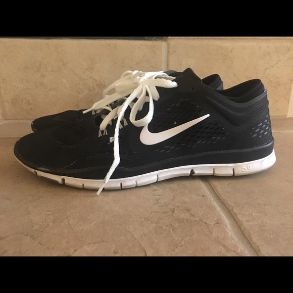 le scarpe nike tri in forma 4 black scarpe poshmark
