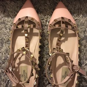 "Valentino Shoes - 💝  "" Rockstuds TSTRAP style in pink 38"