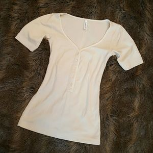 RVCA Tops - Off white top