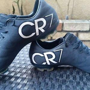 Nike Mercurial CR7 size 5Y