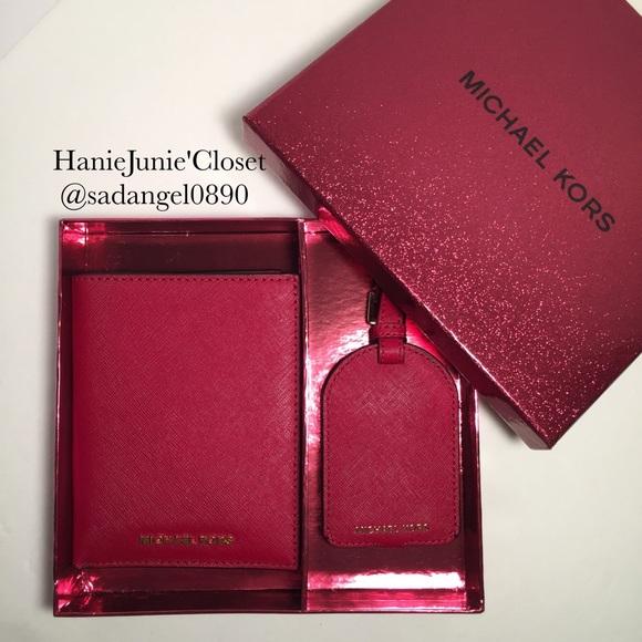 2c36f26af4b397 Michael Kors Accessories | Jet Set Travel Passport Set | Poshmark