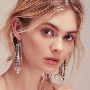 Free People long silver feather earrings