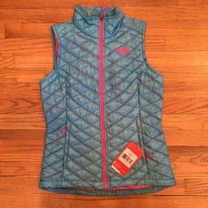 North Face Jackets & Blazers - North Face ThermoBall Insulated Vest - Rtls $149