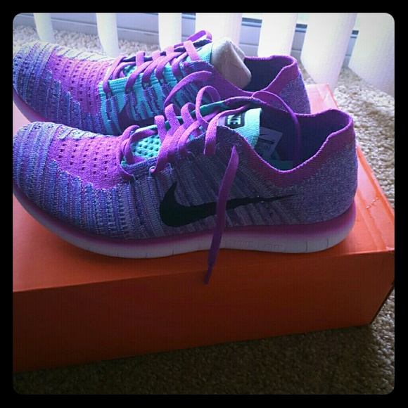 separation shoes 4636d 382db **NEW****Nike Free RN Flyknit NWT