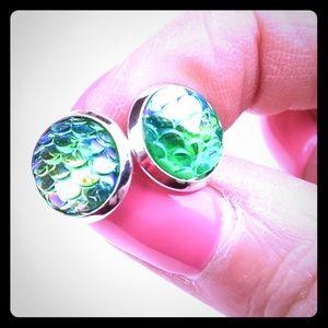 Twilight Gypsy Collective Jewelry - Mermaid Scale Earrings 🐠💗
