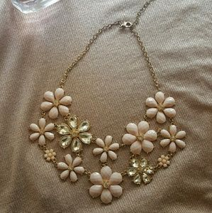 Jewelry - Blush pink floral statement necklace