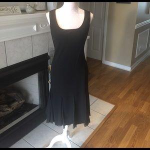 SL Fashions Dresses & Skirts - ❤️NWOT❤️Perfect Black dress