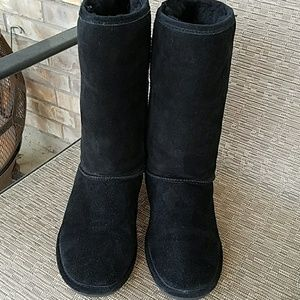 BearPaw Shoes - Women's Bearpaw Black Tall Boots