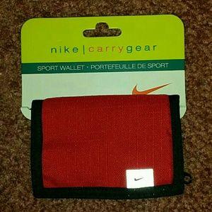 Nike carry gear sport wallet