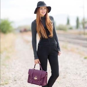 Black Wide Brim Fedora Hat