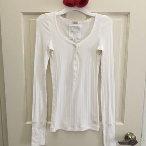 Gilly Hicks Tops - A&F Gilly Hicks button up henley