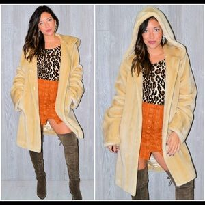 Fabulous Furs Jackets & Blazers - Beige Faux Fur Coat Fabulous Furs Boho Winter XL