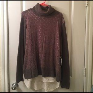 Turtleneck layered sweater