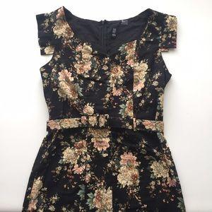 Ezra Dresses & Skirts - Floral Ezra Dress