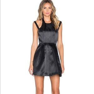 Lovers + Friends Dresses & Skirts - Lovers + friends black fit and flare dress