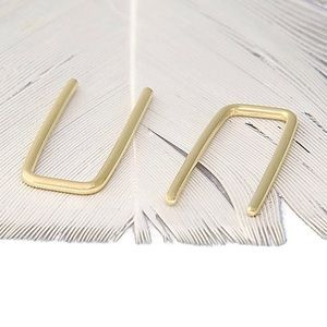 Jewelry - CRAZY 1DAY SALE! 14k SOLID Gold Staple Threads