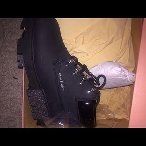 dbda37931e5 Acne Studios Tinne shoes size 38 NWT