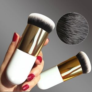 Other - ❤HP restock Giant Chubby makeup brush soft new