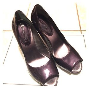 Banana republic deep purple peep toe pump