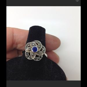 Jewelry - Sterling silver blue gemstone floral motif ring