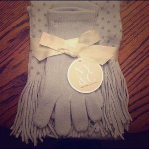 NY&Co. Polka Dot Blue Scarf 🧣 Gloves 🧤 Gift Set