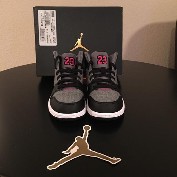 b7a3a2cba88f00 Jordan 1 Flight 4 Girls  Shoes
