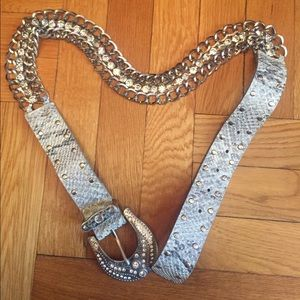 Accessories - Silver chain/leather pants belt